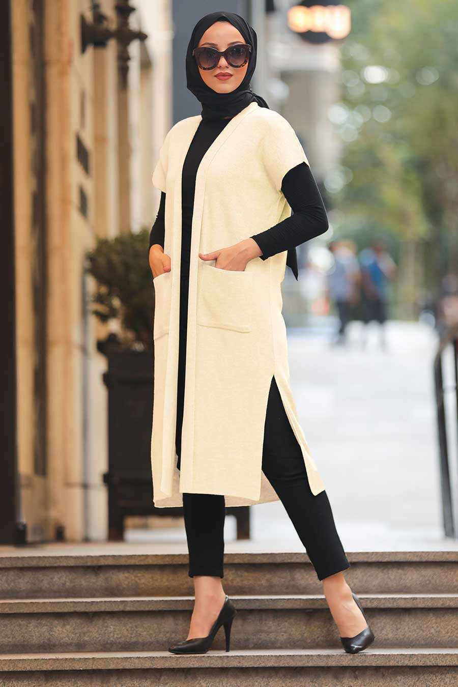 Ecru Hijab Knitwear Vest 21920E